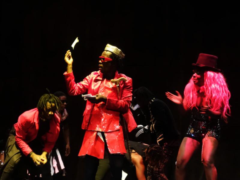 Théâtre : Faro Faro enthousiasme les élèves de première