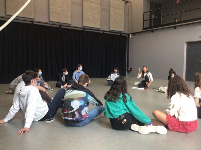 Rencontre artistique avec la compagnie d'arts du cirque « LA SCOM »